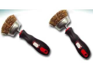 WHITEWALL CLEANING BRUSH  QLS